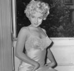 La nuisette : l'histoire de ce vêtement de nuit très sexy