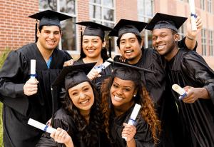 Le chapeau de remise de diplôme : origine et symbolisme